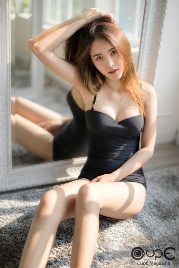 สาวเซ็กซี่ ตอง
