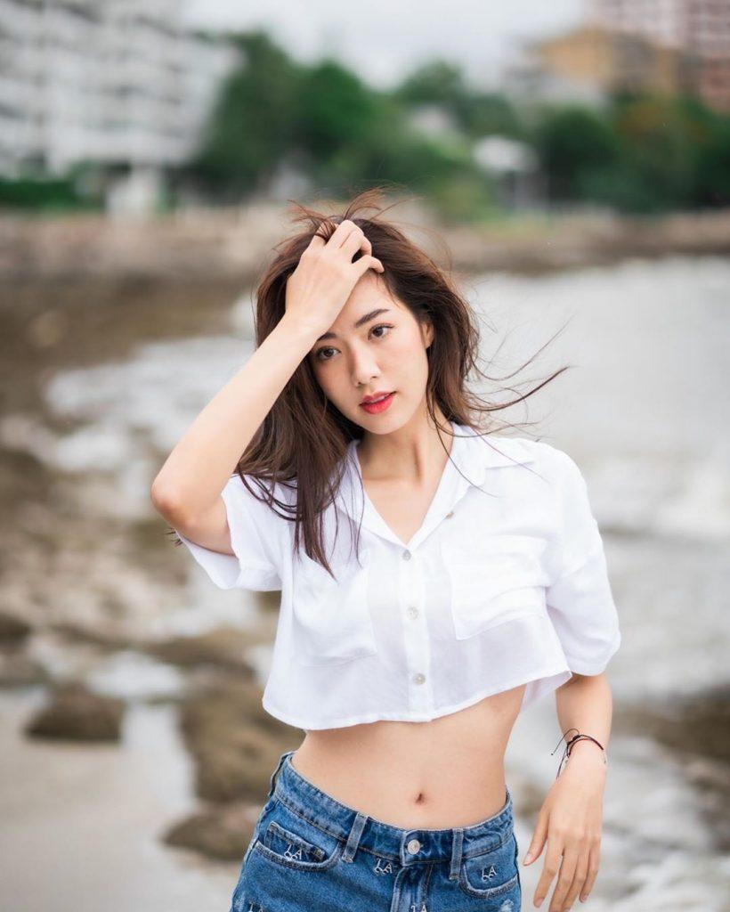 ส่อง มีน สรัลธร คล้ายอุดม ดารา  นักแสดงสาวไทย