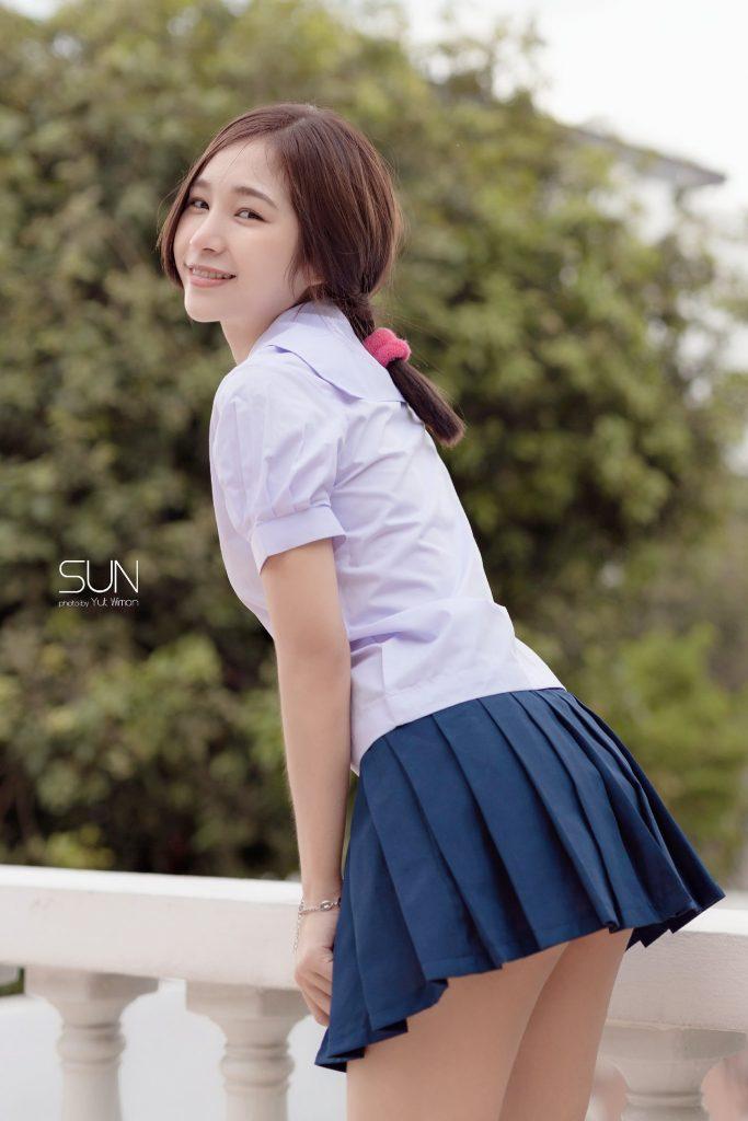 หนูซัน เซตเด็ดกับชุดนักเรียนของเธอ
